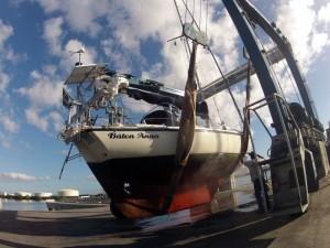 Båten Anna före uppfrächning...